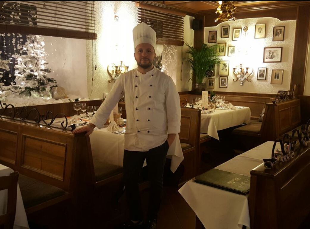 I was born in Ribera / Sicily. In the Bürgerreuth I'm responsible in the kitchen as Chef di Cucina.